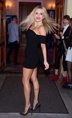 Great Legs, Beautiful Legs, Nice Legs, I Love Girls, Hot Girls, Rachel Mcadams Legs, Lovely Dresses, Photography Women, Celebs