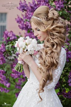 Loose Curls Wedding Hairstyle