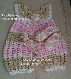 41 Best Ideas for crochet baby girl items tutorials Baby Girl Crochet, Crochet Baby Clothes, Crochet For Kids, Crochet Baby Dress Pattern, Crochet Patterns, Knitting Patterns, Lidia Crochet Tricot, Baby Girl Items, Baby Girl Patterns