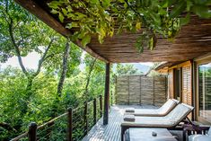 Karkloof Safari Spa is located in the KZN Midlands and offers 5 star luxury villas within a game reserve. Daily game drives, a luxury spa and Luxury Spa, Luxury Villa, Wooden Walkways, Kwazulu Natal, Game Reserve, Romantic Getaway, Time Out, 5 Star Hotels, Villas