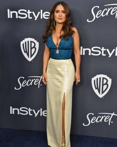 Busty Salma Hayek shows deep sexy cleavage at Warner Bros. And InStyle Golden Globe After Party in Beverly Hills Selma Hayek, Celebrity Red Carpet, Celebrity Style, Celebrity Photos, Salma Hayek Measurements, Salma Hayek Style, Salma Hayek Pictures, Golden Globes After Party, Jolie Photo