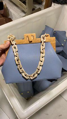bcad44c8b45c 41% СКИДКА|Женская сумка мешок деревянный зажим вечерняя сумка Ins  акриловая цепь Роскошная сумочка Банкетный вечерние кошелек сумка купить на  AliExpress