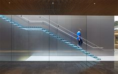 Foster + Partners has completed its first Apple Store at a shopping centre in Istanbul, Turkey.
