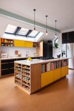 Home Interior Grey .Home Interior Grey Open Plan Kitchen, New Kitchen, Kitchen Dining, Modern Retro Kitchen, Quirky Kitchen, Chef Kitchen Decor, Kitchen Family Rooms, Kitchen White, Design Kitchen