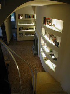the View from the top of the staircase , apartment GamGam by Lauro Ghedini Studio Library Wall, Shabby Chic Homes, Beautiful Homes, Architecture Design, Sweet Home, New Homes, Plasterboard, Living Room, Interior Design