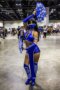 X Character: Kitana Series: Mortal Kombat