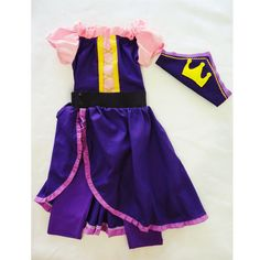 """Alter """"Rapunzel"""" dress into a Pirate Princess? @andreafin made me a gorgeous one! What do you think? @honeybunnyblue"""