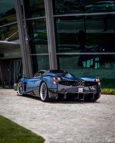 Pagani Huayra Roadster made out of Blue & Gray carbon fiber w/ Blue accents Photo taken by: @jgucars on Instagram