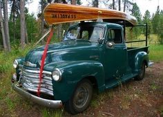51 Chevy Truck with 'wooden' canoe.my dream truck and love the color! Chevrolet Trucks, Gmc Trucks, Cool Trucks, Cool Cars, Chevrolet 3100, Jeep Truck, Antique Trucks, Vintage Trucks, Vintage Auto