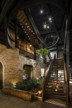 Image 17 of 42 from gallery of Coffee & Restaurant / Le House. Photograph by Hiroyuki Oki Cafe Interior, Interior Exterior, Exterior Design, Restaurant Concept, Restaurant Design, Bistro Restaurant, Sustainable Architecture, Contemporary Architecture, House Architecture