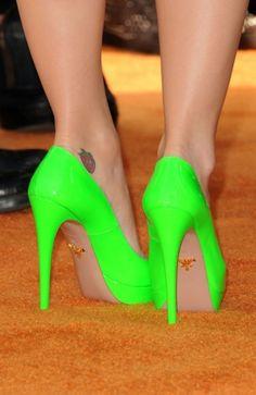 SolaDunn's Blog: Must have accessory......acid green/yellow Stilettos!