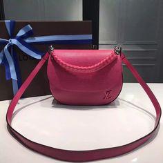 cfcace8065 Louis Vuitton Epi Leather   Calf Leather Luna Bag Fuchsia 2016