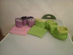 Création en toile de jute pour la maison . petits pots en toile et grandes. pochettes