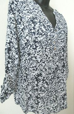 Ladies Women's Blouse Top Blue & White Roll Up Sleeves Size Medium Faded…