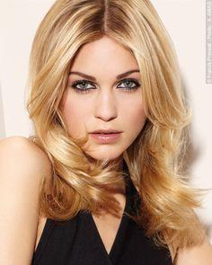 craquez pour un blond absolu offrez vous une couleur prcieuse le balayage 2 - Coloration Ton Sur Ton Blond