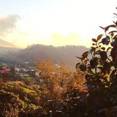 Sara سارة (@harimaguada_) • Fotos y videos de Instagram Celestial, Mountains, Sunset, Instagram, Nature, Travel, Outdoor, Continents, Sunsets