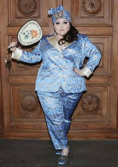 Beth Ditto's Custom Gucci Suit Proves High Fashion Is Meant for Everyone Daily Fashion, Curvy Fashion, Plus Size Fashion, High Fashion, Fashion Show, Women's Fashion, Classic Fashion, Fasion, Beth Ditto