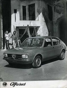 Classic Car News Pics And Videos From Around The World Alfa Romeo 155, Alfa Romeo Cars, Alfasud Sprint, Pretty Cars, Vintage Italy, Car Advertising, Car Car, Maserati, Vintage Cars