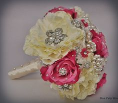 Ivory Rose Bouquet in Hot Pink  :) #wedding #pink #bouquet