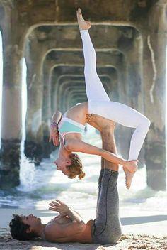 Across Yoga Posición ....