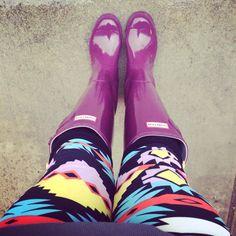 Lularoe leggings And Hunter rain boots.