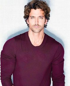 The most handsome.. Hrithik 😍
