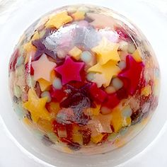a Japanese jelly dessert Jelly Desserts, Asian Desserts, Summer Desserts, Fun Desserts, Cute Food, Good Food, Yummy Food, Jelly Cake, Jello Recipes