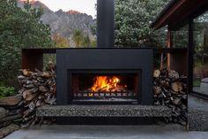 Outside Fireplace, Metal Fireplace, Backyard Fireplace, Backyard Patio, Backyard Landscaping, Modern Outdoor Fireplace, Outdoor Fireplace Designs, Outdoor Patio Designs, Outdoor Fireplaces