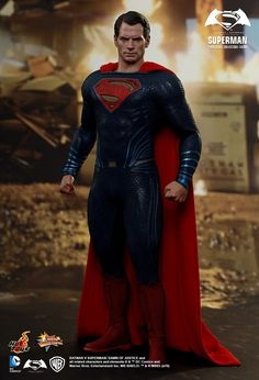 Hot Toys Superman from Batman Superman  Dawn of Justice e2925c3665fe