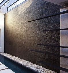 Trendy ideas for backyard ideas for small yards on a budget diy water features Water Wall Fountain, Tabletop Water Fountain, Indoor Wall Fountains, Indoor Fountain, Fountain Ideas, Indoor Waterfall Wall, Diy Water Feature, Modern Water Feature, Indoor Water Features