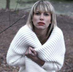 Freezee girl by Sarah Penalver Gosh.