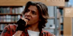 The breakfast club bender judd nelson john bender clube dos cinco gif at Gifwave. Share it, modify it and watch other GIFs! John Bender, 80s Movie Characters, 80s Movies, Good Movies, Movie Tv, Greatest Movies, Iconic Movies, Movie Theater, The Breakfast Club