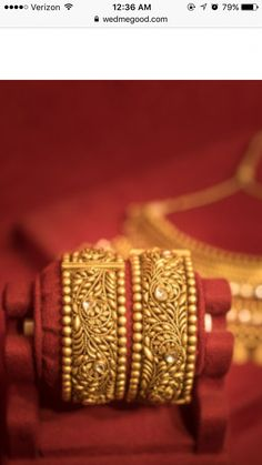 How Sell Gold Jewelry Kids Gold Jewellery, Real Gold Jewelry, Gold Jewelry Simple, Gold Jewellery Design, Indian Jewelry, Gold Bangles Design, Bridal Bangles, Necklace Designs, Fashion Jewelry