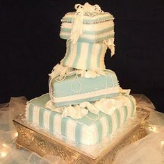 My cousin is so talented! :) Tiffany Blue Wedding Cake