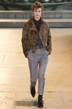 Isabel Marant Fall 2016 Ready-to-Wear Fashion Show - Regitze Christensen
