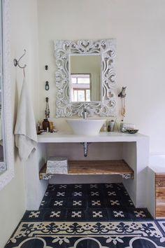 * Beautiful bathroom in Bali. Cement floor tiles are always pretty.