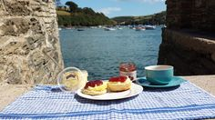 Cream Tea, Competition, Table Settings, Holiday, Blog, Vacations, Table Top Decorations, Holidays, Blogging