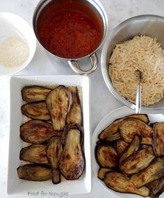 Μελιτζάνες με τυριά στο φούρνο   Food for thought   Bloglovin' Yams, Greek Recipes, Food For Thought, Sausage, Food And Drink, Potatoes, Cooking Recipes, Lunch, Homemade