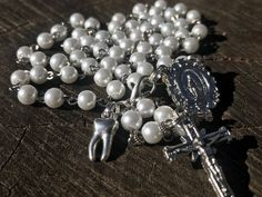 Excited to share the latest addition to my #etsy shop: Dentist Catholic Rosary. Dentist Gift. Dental Assistant Gift. Dental Hygienist Gift. Catholic Gift. Dentsit Theme. Tooth. Dentist Office.