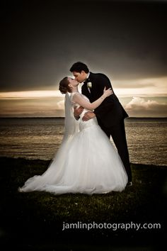 Windsor Wedding Photography | Beach Grove Weddings J. Amlin Photography | www.jamlinphotography.com