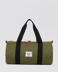 Herschel Supply Co. Sutton Mid-Volume Classic Duffle
