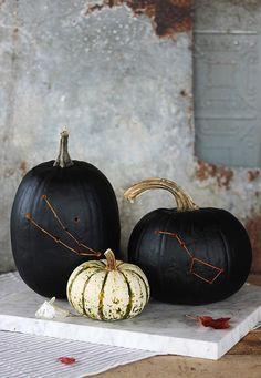 DIY Constellation Pumpkin By The Merrythought - http://www.decoradecor.com/diy-constellation-pumpkin-by-the-merrythought.html