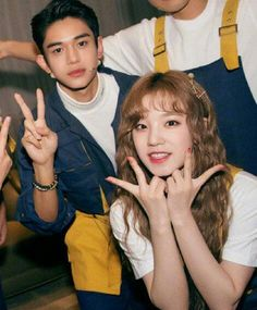 how come i never knew that lucas and yuqi knew each other! Winwin, Taeyong, Nct 127, Park Bo Young, Xiuchen, Kpop Couples, Lucas Nct, Keep Running, Korean Couple