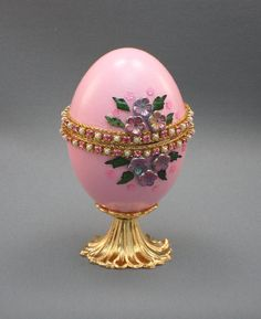 Custom made eggs by NatalieOrigStudio at Etsy. Gorgeous! Pink Egg Jewelry Box Handmade Ring Box by NatalieOrigStudio, $35.00