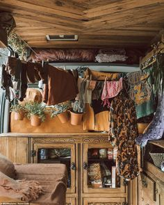 Bus Life, Camper Life, Camper Van, Campers, Bus Living, Living On The Road, Bus House, Tiny House, Minibus
