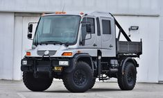 Looking for the ultimate starting point for your expedition vehicle? Check out this impressive Unimog for sale. The Mercedes-Benz Unimog is easily one of the most iconic of all time, a highly adaptable off-roader that you can count on, with grea Unimog For Sale, Mercedes Benz Unimog, Mercedes Sls, Mercedez Benz, All Terrain Tyres, Best Classic Cars, Expedition Vehicle, Drag Racing, F1 Racing