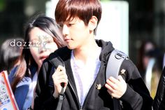 12.05.04 On the way to Music Bank (Cr: dazzler: http://19920506.co.kr)