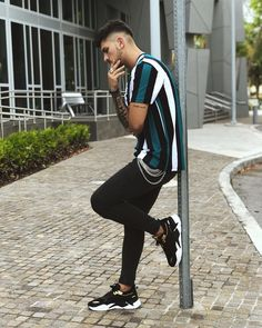 Street Style Boy, Urban Street Style, Casual Wear, Men Casual, Korean Fashion, Mens Fashion, Photography Poses For Men, Dressed To Kill, Street Wear