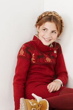 Ideal dress for cold Christmas days #winter #trasluz #moda