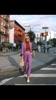 Fashion Week Paris, New York Fashion Week Street Style, Nyc Fashion, Cool Street Fashion, Star Fashion, Girl Fashion, Fashion Trends, Womens Fashion, Fashion Ideas